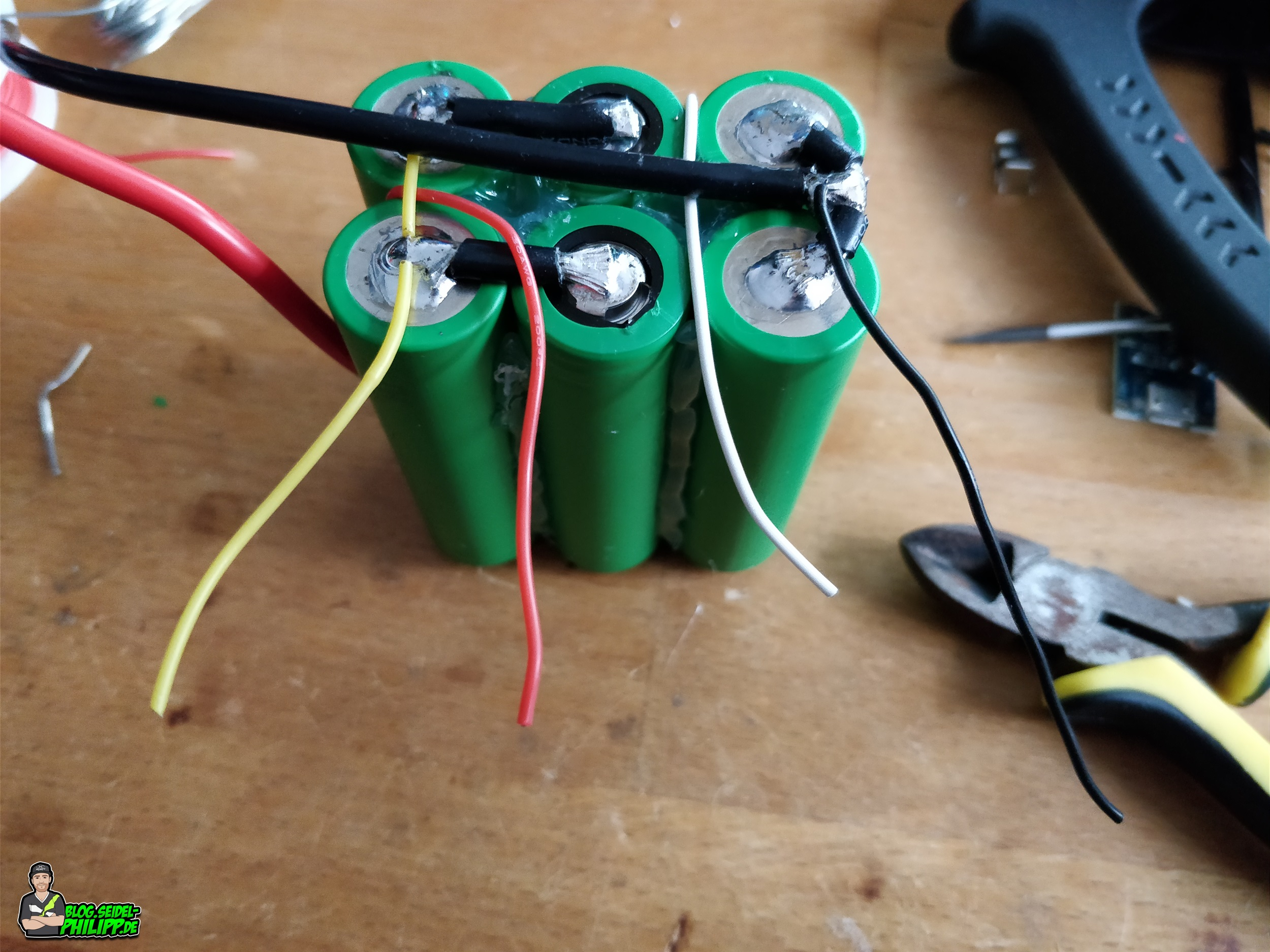 "build a ""LongRange"" Lithium Ion Battery"