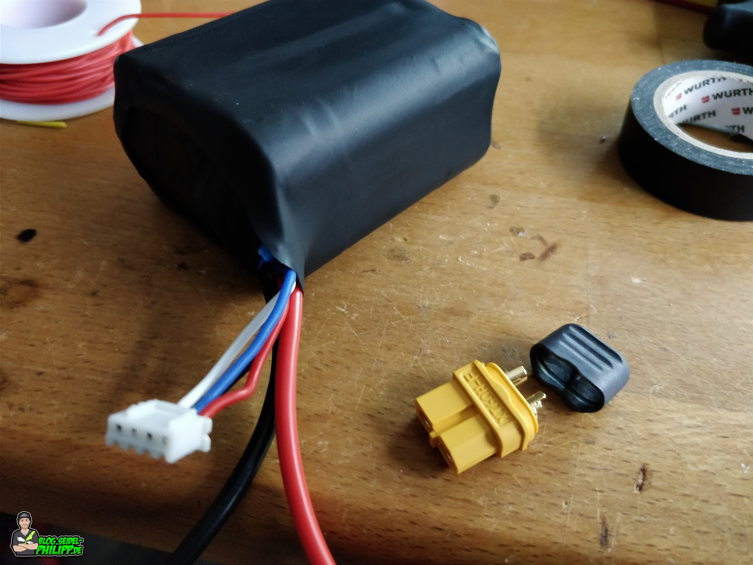 Diy Build A Longrange Lithium Ion Battery To Make Your Own Drone On Low Voltage Cut Off Circuit Diagram I Decided Use The Xt60 Connector From Amass Because It Has Plastic Protective Cap And You Dont Have Shrink Tubing
